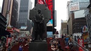 Times Meydanı ve George M. Cohan heykeli