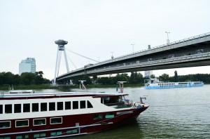 Tuna Nehri, yeni köprü ve UFO