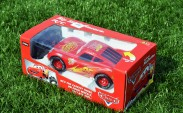 Lightning McQueen ve kutusu