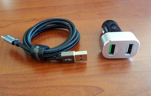 BlitzWolf BW-C6 şarj aleti ve kablosu