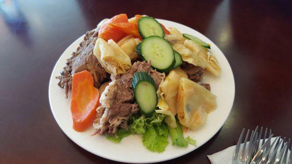 Türkistan/Orta Asya coğrafyasında yaygın bir yemek: beş parmak