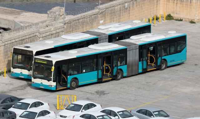 Malta Arriva otobüsleri