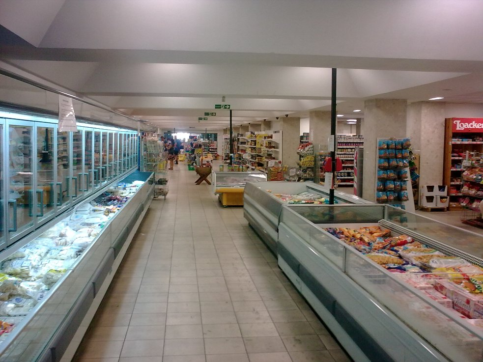 Malta Schotts Supermarket