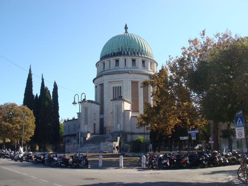 Lido ve Santa Maria Elisabetta Kilisesi