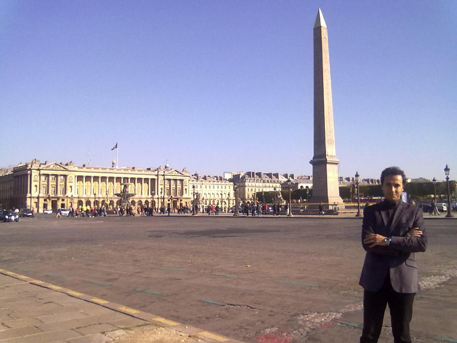Concorde Meydanı ve Dikilitaş